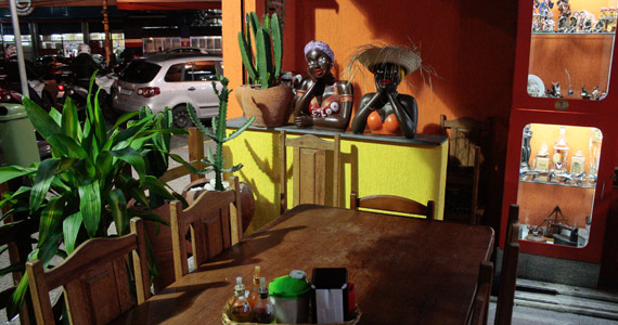 Almoço e Happy Hour com mais de 100 rótulos de cachaças no Nação Nordestina Eventos BaresSP 570x300 imagem