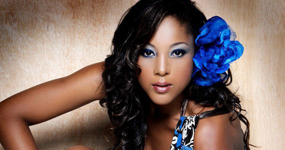 Fnac Morumbi recebe show gratuito de Negra Li nesta quarta