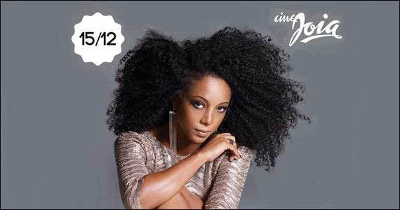 Os sucessos da black music na voz da cantora Negra Li no palco do Cine Joia Eventos BaresSP 570x300 imagem
