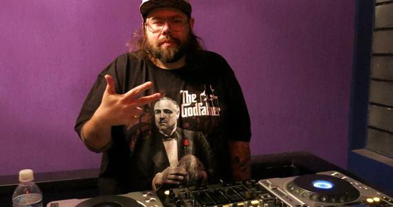 Rock'N'Roll com Thiago Deejay no Nola Bar nesta quinta-feira Eventos BaresSP 570x300 imagem