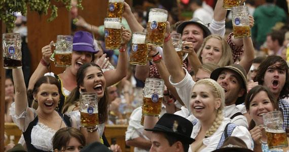 Cervejaria Nacional comemora Oktoberfest com pratos e cervejas especialmente desenvolvidos para a data Eventos BaresSP 570x300 imagem