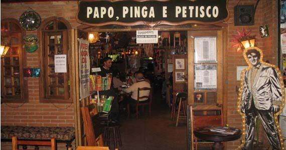 Papo Pinga e Petisco oferece happy hour com mais de 30 marcas de cervejas Eventos BaresSP 570x300 imagem