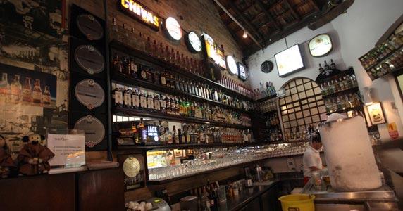 Eventos AgendaParóquia Bar oferece variedades de petiscos e bebidas no happy hour BaresSP