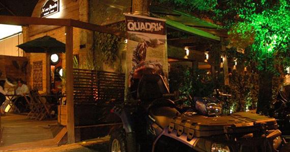 Cantor Nando leva muito rock acústico para a noite de sexta-feira no Pé no Porão Eventos BaresSP 570x300 imagem