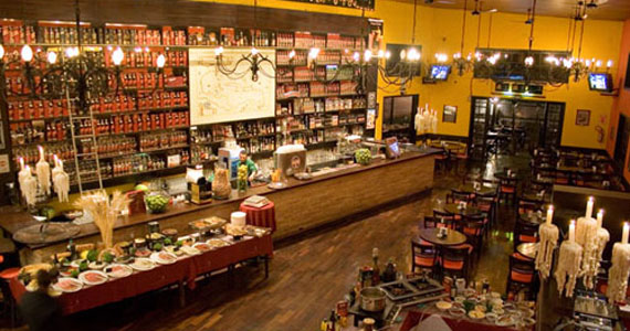 Pimenta Bar oferece na quinta-feira um happy hour descontraído  Eventos BaresSP 570x300 imagem