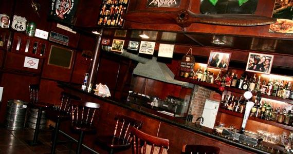 Pub Ace Of Spades oferece cervejas artesanais ao som de muito rock'n'roll Eventos BaresSP 570x300 imagem