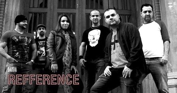 Apresentação da banda Refference no palco do St. John's Eventos BaresSP 570x300 imagem