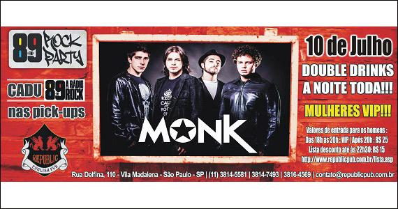 Apresentação da banda Monk no palco do Republic Pub - 89 Rock Party Eventos BaresSP 570x300 imagem