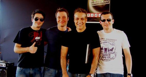 Banda Rockberry se apresenta no palco do B Music Bar em Pinheiros Eventos BaresSP 570x300 imagem