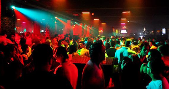 Festa Glow Party agita a noite de sábado da Secrett Lounge Eventos BaresSP 570x300 imagem