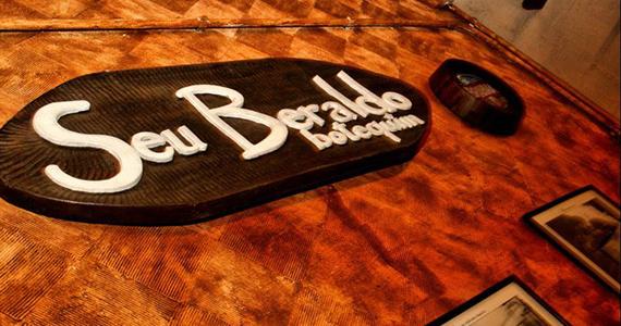 Sexta-feira animada no Seu Beraldo com cerveja gelada e música ao vivo Eventos BaresSP 570x300 imagem