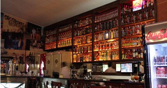Ambiente descontraído no Bar Seu Domingos na Vila Madalena Eventos BaresSP 570x300 imagem
