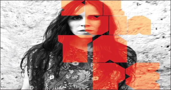 Apresentação de Silvia Tape no palco do Grazie a Dio  Eventos BaresSP 570x300 imagem