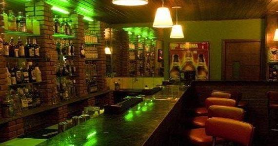 DJ Torres comanda o sábado com o melhor do Rock anos 90 no The Sub Pub Eventos BaresSP 570x300 imagem