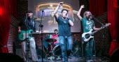 The Sailor Legendary Pub recebe os agitos da banda Cowbell  /eventos/fotos/thumbs/cowbell_11112014110824.jpg BaresSP
