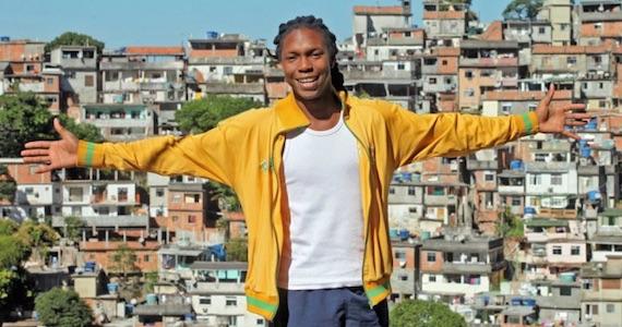 Cantor Tiago Barbosa apresenta mix de MPB e black music em show no Bourbon Street Eventos BaresSP 570x300 imagem