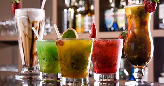 Tirrenos oferece diversas opções de drinks e cardápio variado Eventos BaresSP 570x300 imagem