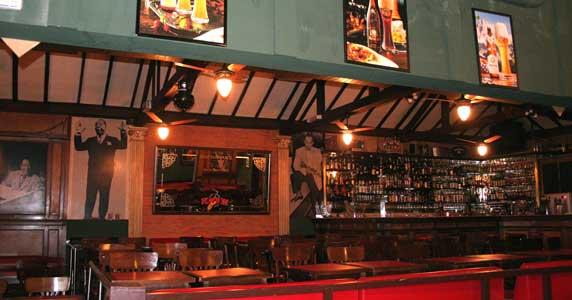 Luciano Nássyn & Banda se apresentam no palco do Ton Ton Jazz & Music Bar Eventos BaresSP 570x300 imagem