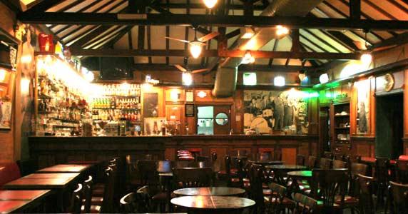 Tributo a Cazuza com Gê Lima no palco do Ton Ton Jazz Music Bar  Eventos BaresSP 570x300 imagem