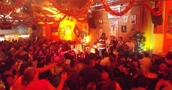 Samba do Bule comanda a sexta-feira com samba no Traço de União Eventos BaresSP 570x300 imagem