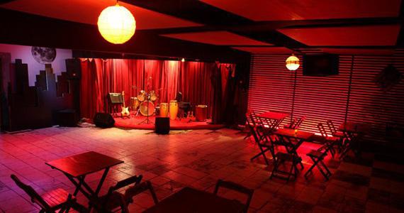 Banda Na Lata S/A faz show de estreia no Espaço Urucum Eventos BaresSP 570x300 imagem