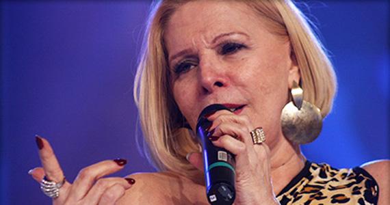 Cantora Vanusa se apresenta nesta terça-feira no palco no Bar Brahma Centro Eventos BaresSP 570x300 imagem