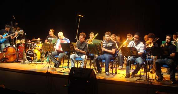 Zérró Santos Big Band Project anima a noite de terça-feira no The Orleans Eventos BaresSP 570x300 imagem