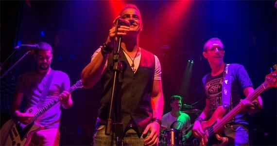 Banda Lee Rockers anima o palco do B Music Bar tocando muito Pop Rock Eventos BaresSP 570x300 imagem