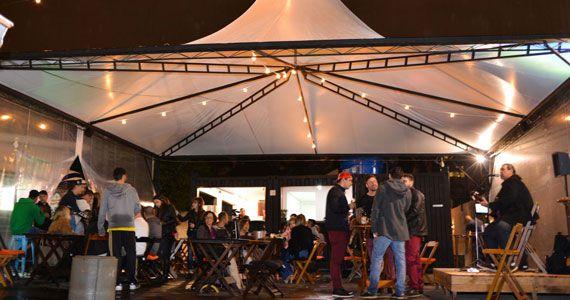 Bartainer apresenta Quintas da Comédia com muito stand-up  Eventos BaresSP 570x300 imagem