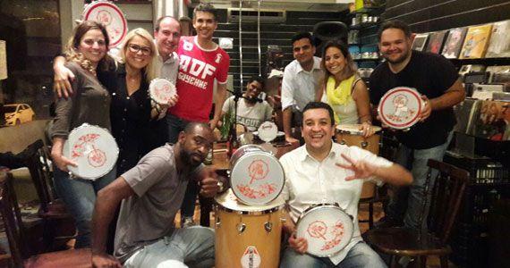 Boteco Todos os Santos apresenta Praça do Samba com percussão Roda Viva no Boteco Todos os Santos Eventos BaresSP 570x300 imagem