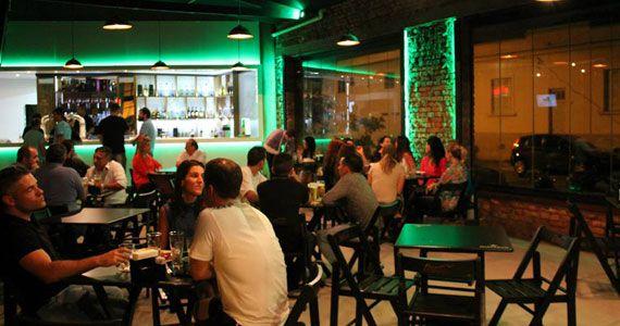 Bar Coliseu traz de volta o Stand-Up para animar o domingo Eventos BaresSP 570x300 imagem