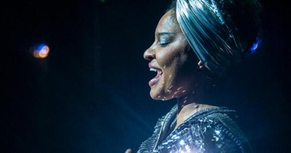 Trajetória de Elza Soares é transformada em Musical encantador e intenso Eventos BaresSP 570x300 imagem