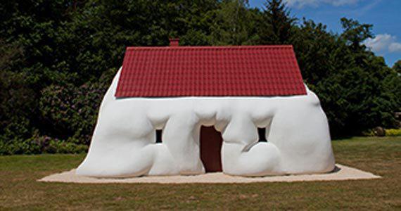 Mostra O Corpo é a Casa, de Erwin Wurm no Centro Cultural Banco do Brasil Eventos BaresSP 570x300 imagem