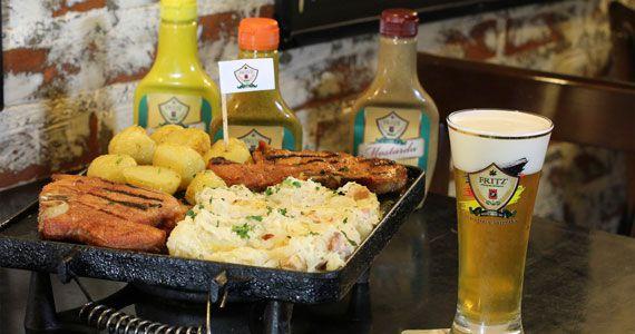 Fritz Cervejaria Artesanal faz Festival de Comida Alemã com degustação de pratos todos os sábados Eventos BaresSP 570x300 imagem