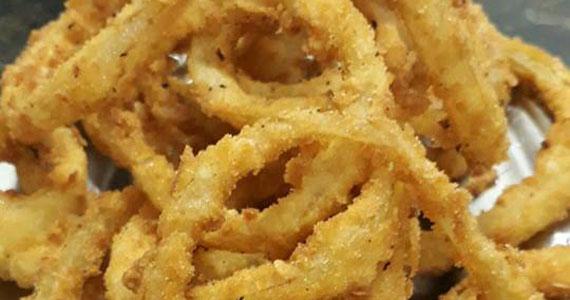 Onion Rings para começar bem a semana no Elidio Bar Eventos BaresSP 570x300 imagem