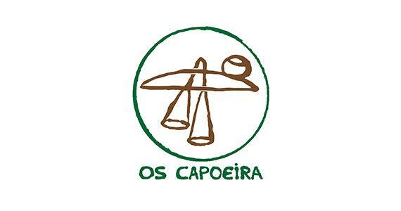 Bloco Os Capoeira anima os foliões em frente ao Jongo Reverendo Eventos BaresSP 570x300 imagem