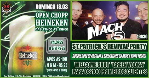 Banda Mach 5 comanda a noite com muito rock no Republic Pub