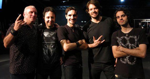 O som da banda Rock Collection comanda a noite com pop rock no Bar Charles Edward Eventos BaresSP 570x300 imagem