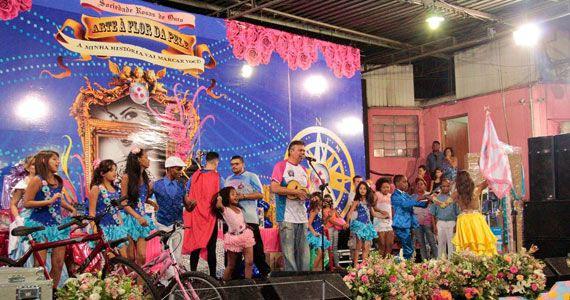 Rosas de Ouro e ONG Artescola promovem festa de Dia das Crianças Eventos BaresSP 570x300 imagem