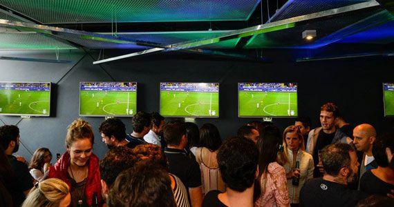 Soul Sports Bar recebe Karaoke Club com muita pizza no domingo Eventos BaresSP 570x300 imagem