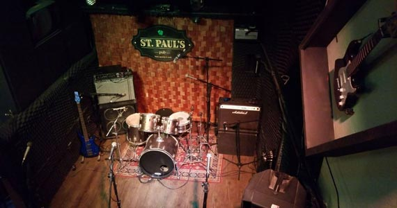 Banda Monte Castelo com Tributo a Legião Urbana no St. Pauls Pub