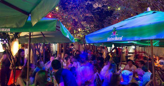 Véspera de feriado com Os de Paula e Lincon & Tiago animando o Vila Seu Justino Eventos BaresSP 570x300 imagem