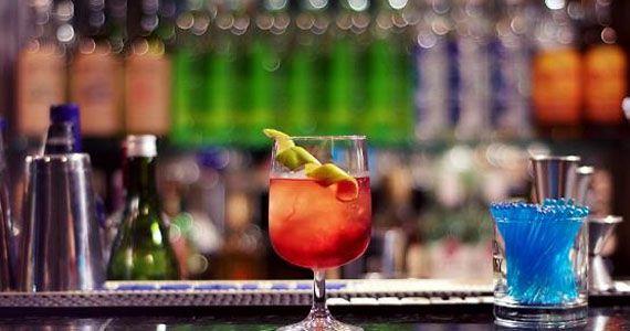 Venha curtir a noite de sexta-feira regrado de muito drink, petiscos e música ao vivo Eventos BaresSP 570x300 imagem