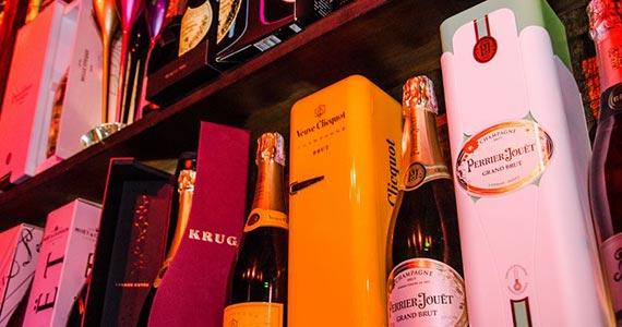 Akbar promove Noite da Cerveja com o melhor do revival Eventos BaresSP 570x300 imagem