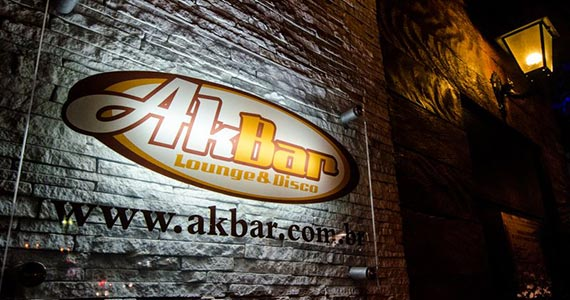 Noite do Flashback agita Akbar