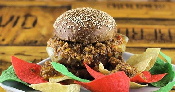 Jazz Restô & Burgers - Jardins comemora aniversário com hambúrgueres de graça Eventos BaresSP 570x300 imagem
