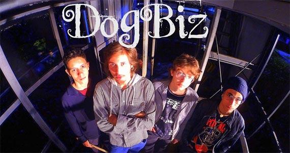 Sexta é dia de curtir o som da banda paulistana DogBiz tocando pop e classic rock no The Kings Eventos BaresSP 570x300 imagem