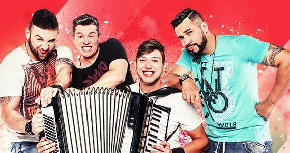 Banda Kaduká e Victor & Lucas marcam presença no palco da Woods cantando os seus sucessos Eventos BaresSP 570x300 imagem