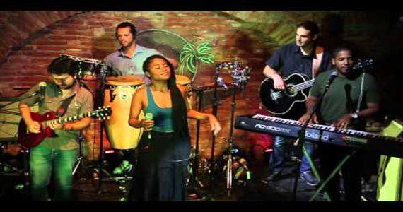 Banda Coconut Versiones agita a noite no Bourbon Street Music Club com os melhores hits latinos Eventos BaresSP 570x300 imagem