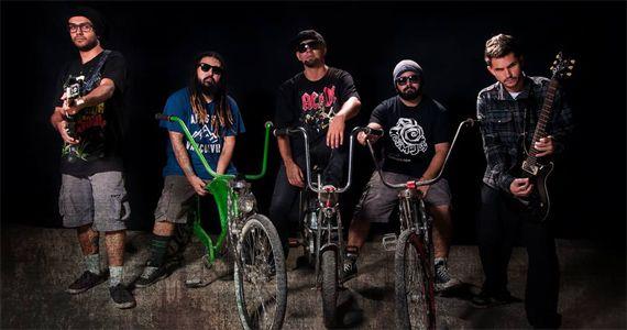 Banda Karamujos promete agitar o Blues on The Rocks  Eventos BaresSP 570x300 imagem